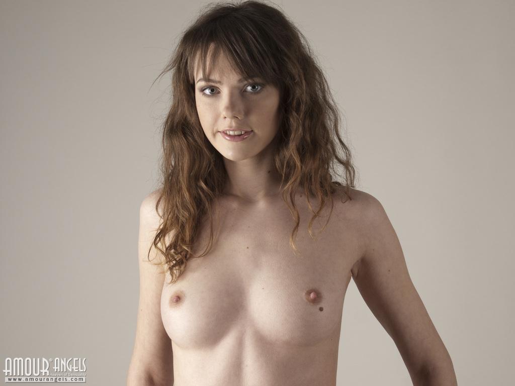 naked hot women getting facials